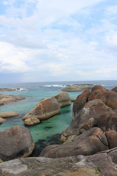Inspiration on where to visit in WA. 9 top destinations western australia by independent travel bloggers. Pic my Paula from Sydney Expert.