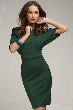Платье изумрудное летучая мышь с поясом и рукавом 3/4 DM00211GR , зеленый в интернет магазине Платья для самых красивых 1001dress.Ru