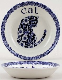 Blue And White China, Love Blue, Willow Pattern, White Dishes, Cat Decor, Blue Cats, Cat Gifts, My Favorite Color, Shades Of Blue