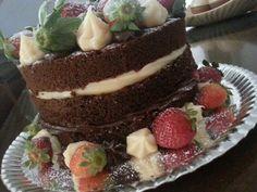 Strawberry naked cake