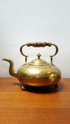 Cafe House, Alice In Wonderland Party, Tea Art, Golden Color, Solid Brass, Kettle, Antique Brass, Still Life, Tea Cups
