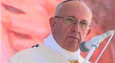 El Papa en el Ángelus: María les enseñará a hacer fecunda su experiencia en JMJ 2016