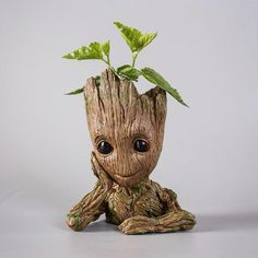 Fan of Guardians of the Galaxy? Do you remember adorable creature named Groot? We have made a memorable shape for your home or garden decor! It can be used as a planter for your flowers or embellish your office desk for pen & pencils. Dimensions are 16cm in height. On the purely aesthetic level, it's a nice re-cre