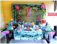 Luau - Beach Party - Hawaiian Birthday Party Ideas   Photo 1 of 27