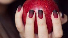 You can make your very own matte nail polish in three different ways! Find out how.