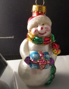 Hand-Crafted-Glass-Snowman-Christmas-Ornament-Boxed