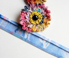 sharnymcclarny: Tutorial on Ruched Floral Pins