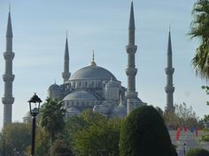 Istanbul, nice city, nice place to visit, nice people, nice customs. Blue Mosque