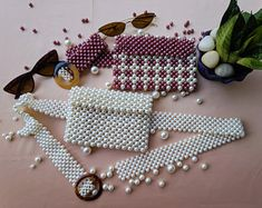 Items similar to floral pearl beaded bag on Etsy Beaded Purses, Beaded Bags, Fabric Bags, Handmade Bags, Bead Weaving, Pearl Beads, Beading Patterns, Fashion Bags, Jewelry Crafts