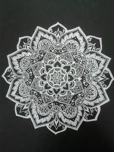 Mandala, art, and flowers image Mandala Drawing, Drawing Flowers, Mandala Doodle, Mandala Artwork, Flower Drawings, Doodle Art, Mandala Design, Mandala Pattern, Milky Way