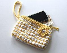 FREE Crochet Pattern - Stash 'n Dash Clutch ༺✿ƬⱤღ https://www.pinterest.com/teretegui/✿༻