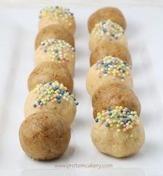 Cake Batter Protein Truffles. 3 ingredients, macro count included!