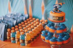 26 Brilliant Nerf War Party Ideas for the Ultimate Battle – Tip Junkie. Nerf War is such a great party theme for both boys and girls of almost any age. 7th Birthday Party Ideas, 11th Birthday, Birthday Kids, Bday Party Ideas, 5th Birthday Ideas For Boys, Party Party, Party Time, Rolls Royce Silver Shadow, Wood