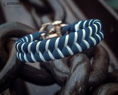 The Sea-Wolf - Paracord bracelet with Exclusive bronze buckle Terms of ordering days Attention! When choosing a size, keep in mind that it is not the length of the bracelet. Paracord Bracelets, Edc, Wolf, Bronze, Trending Outfits, Unique Jewelry, Wolves, Costume Jewelry, Macrame Bracelets