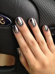 60 Most Lovely And Eye-catching Mirror Metallic Nails Ideas For Prom - Page 45 of 61 - Coco Night Sexy Nails, Hot Nails, Trendy Nails, Nail Design Gold, Hot Nail Designs, Metallic Nails, Chrome Nails, Fabulous Nails, Beautiful Nail Art