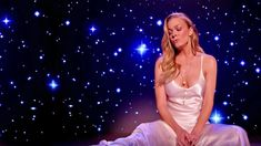 LeAnn Rimes Bids Farewell To 2017 With Emotional Performance Of 'Auld Lang Syne' | Classic Country Music Videos