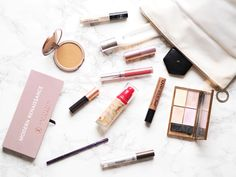 Travel Makeup Bag | London | Troves and Roses
