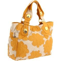 Just snagged this sweet tote bag from Zappos. Great for my morning train commute! stitchstudios