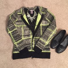 Forever 21 Neon/Black/Gray Zip Front Cardigan NWT - Forever21 cardigan with zipper closure in the front. Beautiful neon like green color - nice and warm, perfect for winter! Forever 21 Sweaters Cardigans