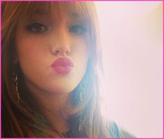 Bella Thorne Shows Off Her Makeup And Sends Kisses To Her Fans