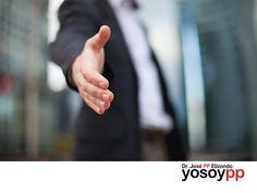 """Estrategias de PNL aplicadas a las ventas. SPEAKER PP ELIZONDO. Para el profesional de ventas, es fundamental tener la capacidad de generar una impresión positiva desde el primer contacto, a través de su lenguaje no verbal. A través del taller de """"PP"""" Elizondo """"Estrategias de PNL aplicadas a las ventas"""", usted podrá conocer los tips para ofrecer un mejor servicio. Le invitamos a visitar www.yosoypp.com.mx, o bien comuníquese al teléfono 01-800-yosoypp (96 769 77). #yosoypp"""