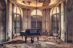http://www.deviantart.com/art/The-Grand-Piano-605515650