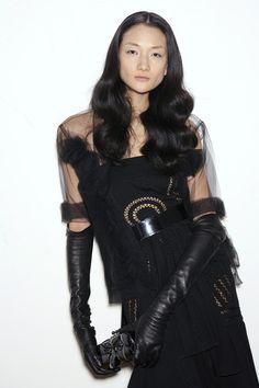 Givenchy at Couture Spring 2006 - Runway Photos