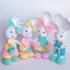 Mesmerizing Crochet an Amigurumi Rabbit Ideas. Lovely Crochet an Amigurumi Rabbit Ideas. Crochet Bunny Pattern, Crochet Rabbit, Crochet Animal Patterns, Crochet Bear, Crochet Patterns Amigurumi, Crochet Gifts, Cute Crochet, Crochet Dolls, Pikachu Crochet