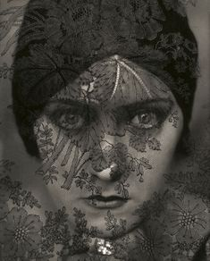 Actress Gloria Swanson, a photo by Edward Steichen, 1924. Gelatin silver photo | Condé Nast Publications Archive ©