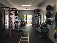 Man Cave Garage Art Studios - Man Cave Showcase - Home Gym Home Gym Basement, Home Gym Garage, Gym Room At Home, Workout Room Home, Workout Rooms, Home Exercise Rooms, Man Cave Garage, Dream Gym, Gym Interior