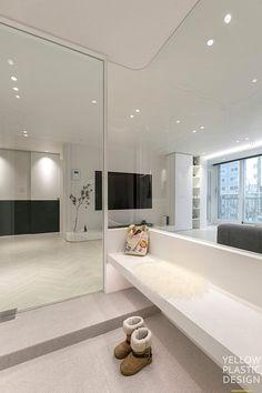 잠원동아 ver 1_딥그린_ 32평 아파트 인테리어_잠원동아 아파트 [옐로플라스틱 / yellowplastic ] : 네이버 블로그 House Design, House, Interior, Apartment Design, White Apartment, Living Room Bedroom, Doors Interior, Living Room Interior, White Interior