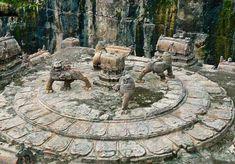 99 WOW: Is it Iram of the Pillars?هل هي إرم ذات العماد؟ Indian Temple, Hindu Temple, Iram Of The Pillars, Kailasa Temple Ellora, Ancient Beauty, Ancient Mysteries, Ancient Architecture, Temple Architecture, Indian Architecture