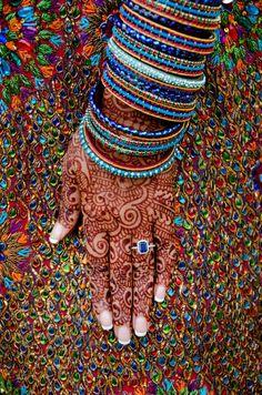 Terrific No Cost Dizzy gems. Rockin' the henna. Concepts Vandana Puthanveettil comes with an elaborate Hobby: she is really a part-time alone dancer. Henna Mehndi, Henna Art, Mehendi, Hand Henna, Henna Tattoos, Hippie Chic, Boho Chic, Boho Style, Tatto Ink