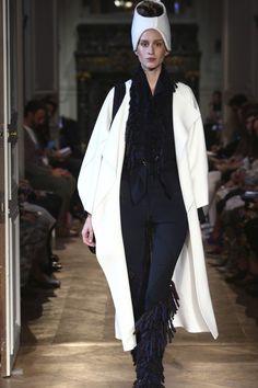 haute couture, women, 2015 | Défilé Stephanie Coudert Haute Couture Automne Hiver 2014 2015 Paris