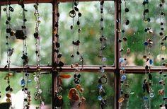 Memory chains - single earrings, broken chains, loved ones ...
