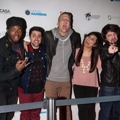PENTATONIX , they have been my obsession for the past 3 months, though I've been a pentaholic for more than a year! And this picture totally describes them......ahahaha!