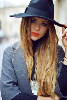 A fashion look from December 2015 Boho Outfits, Pretty Outfits, Star Fashion, Fashion Beauty, Hats For Women, Clothes For Women, Kristina Bazan, London Girls, Perfume
