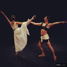 Dancers Alin Radu & Alina Mihai during Syncreto live performance