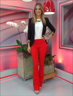 20 more outfit casual pantalon rojo , outfit lässig pantalon rojo outfit casual pantalon rojo , Cine outfits casual; Red Jeans Outfit, Red Dress Pants, Blazer Outfits, Chic Outfits, Fall Outfits, Fashion Outfits, Hipster Outfits, Party Outfits, Office Outfits Women