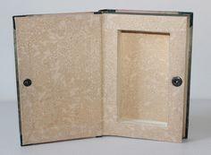 """Kisten & Boxen - Buchbox """"Dschungel"""" mit Druckknopf - ein Designerstück von Buchkiste bei DaWanda. Buch upcycling, Basteln mit Büchern"""