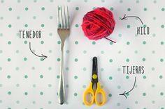 Tercera, pero no por ello menos importante forma de hacer pompones (la primera aquí y la segunda aquí)Esta es la más rápida, y los materiales más sencillos, un gustazo. Eso si… El tamaño de tu pompón es el de tu tenedor. Ni más, ni menos. También hay que igualar