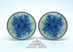 Russian Folk Art Blue Flower on hand carved and polished organic bone double flare plugs. 1 (25mm) pictured. All orders come in a re-usable muslin