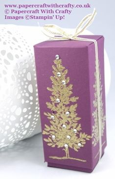 Linda Parker UK Independent Stampin' Up! Demonstrator from Hampshire @ Papercraft With Crafty : Lovely as a Tree Treat Box Christmas Wrapping, Christmas Crafts, Homemade Gift Boxes, Fete Ideas, Decorated Gift Bags, Treat Box, Party In A Box, Wedding Boxes, Stampin Up Cards