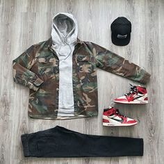 "🔥 𝔼𝕝𝕖𝕞𝕖𝕟𝕥𝕠 𝕄𝕠𝕣𝕖𝕥 🔥 on Instagram: ""MCMXCI🎨 . . . . @outfitgrid __________________________ #streetwearbeast #fitoftheday #insaneoutfits #theartofstreetwear #fitrotation…"""