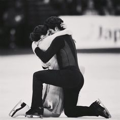 "Tessa Virtue on Instagram: ""Latching on to the memories of @helsinki2017 #VirtueMoir #ThrowbackThursday #tbt"""
