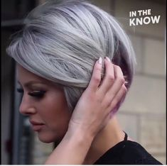 Going Gray, Grey Hair, Hair Highlights, New Trends, Hair And Nails, My Style, Hair Styles, Blond, Nice