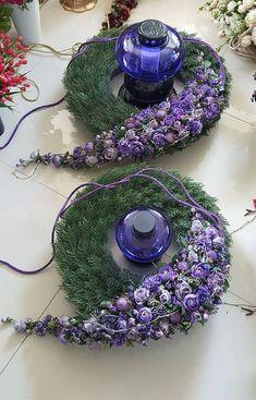Floral Design by ? Large Flower Arrangements, Flower Arrangement Designs, Funeral Flower Arrangements, Flower Designs, Grave Flowers, Funeral Flowers, Deco Floral, Arte Floral, Floral Design