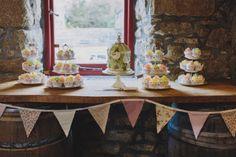 Cake, Wedding, Birdcage, Bunting, Cupcakes, Barrel bar
