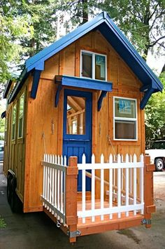 Many people consider a tiny house big living. Tiny houses have smaller sized everything. They have smaller appliances, smaller living. Best Tiny House, Tiny House Cabin, Tiny House Living, Tiny House Plans, Tiny House On Wheels, Rest House, House Porch Design, House With Porch, Tiny House Design