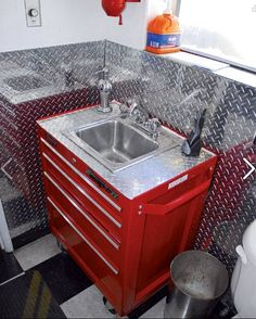 Toolbox Sink - only maybe baby blue or hot pink